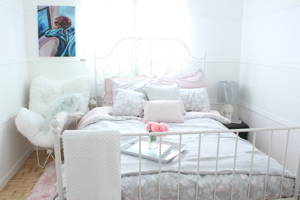 Super Affordable Guest Room Makeover