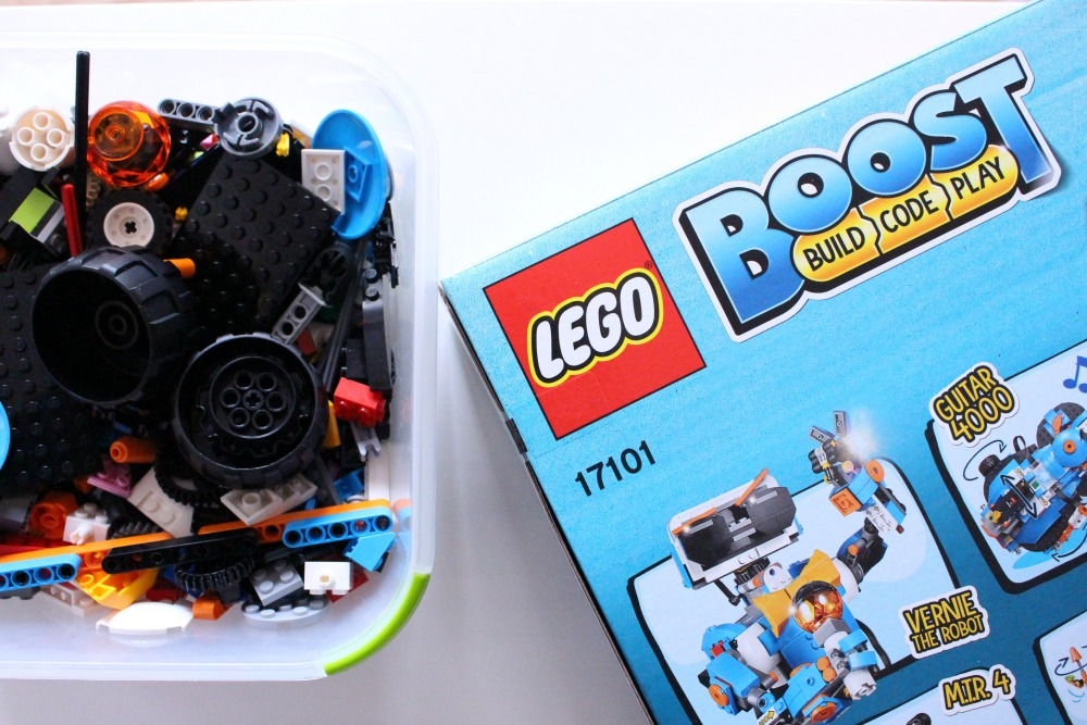 Learning Coding While Playing LEGO BOOST