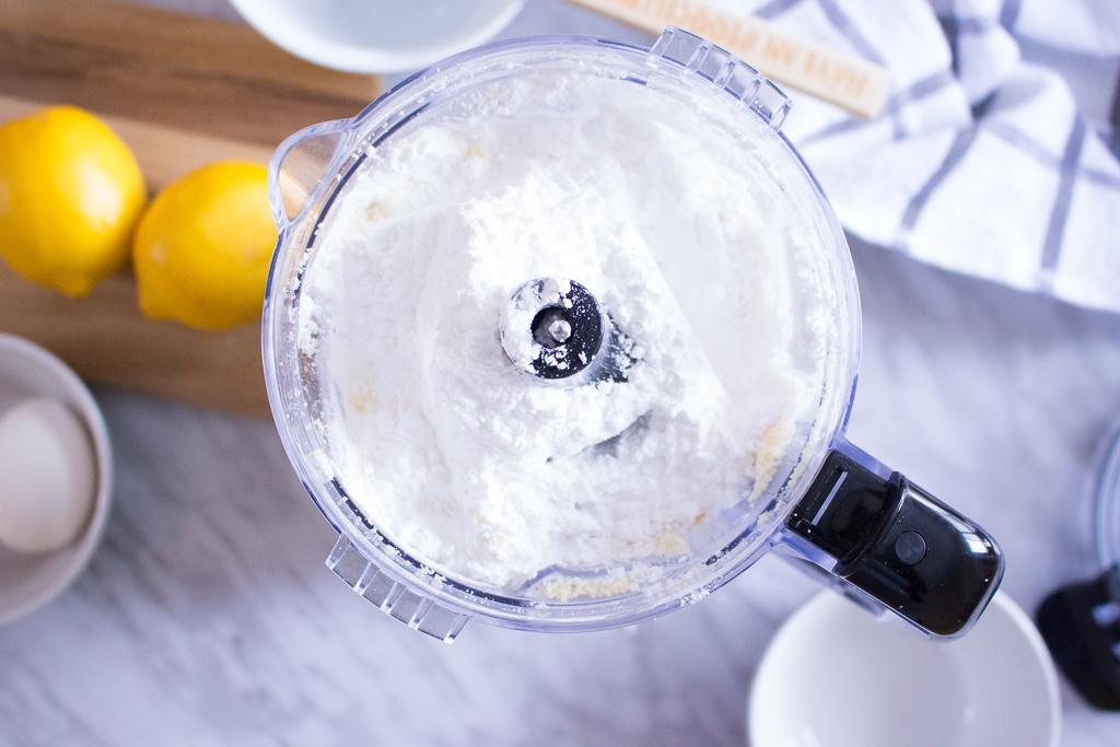 Simple Homemade Lemon Macarons Recipe