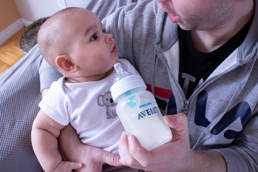 Bottle Feeding Tips For First Time Parents | Philips Avent