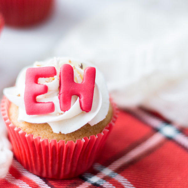 Super Tasty Maple Eh Cupcakes Recipe!