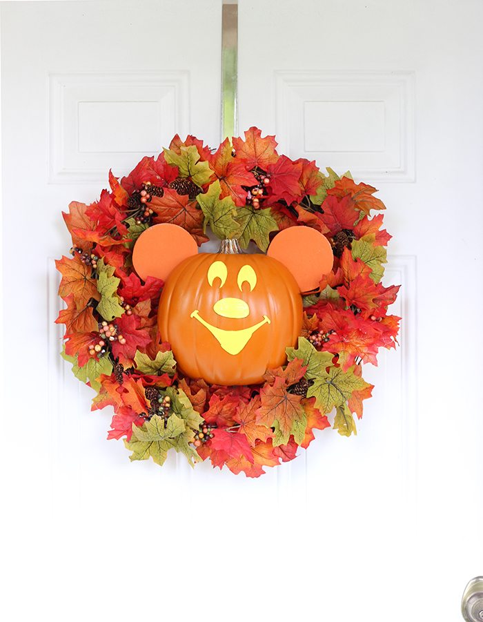 10 Cute Not So Scary Halloween Decor