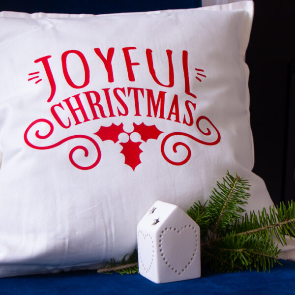 'Tis the Season | Easy DIY Holiday Pillow – Cricut EasyPress 2