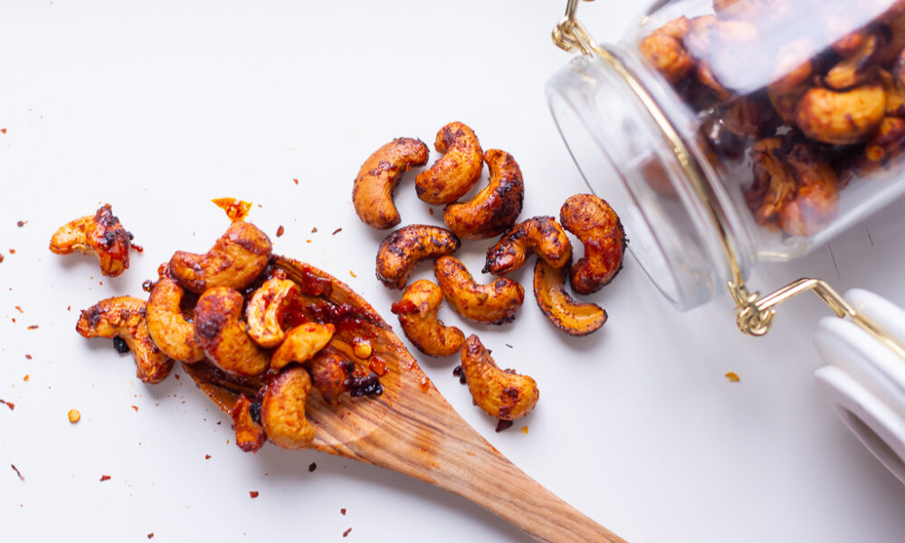 Homemade Spicy Roasted Cashews Recipe