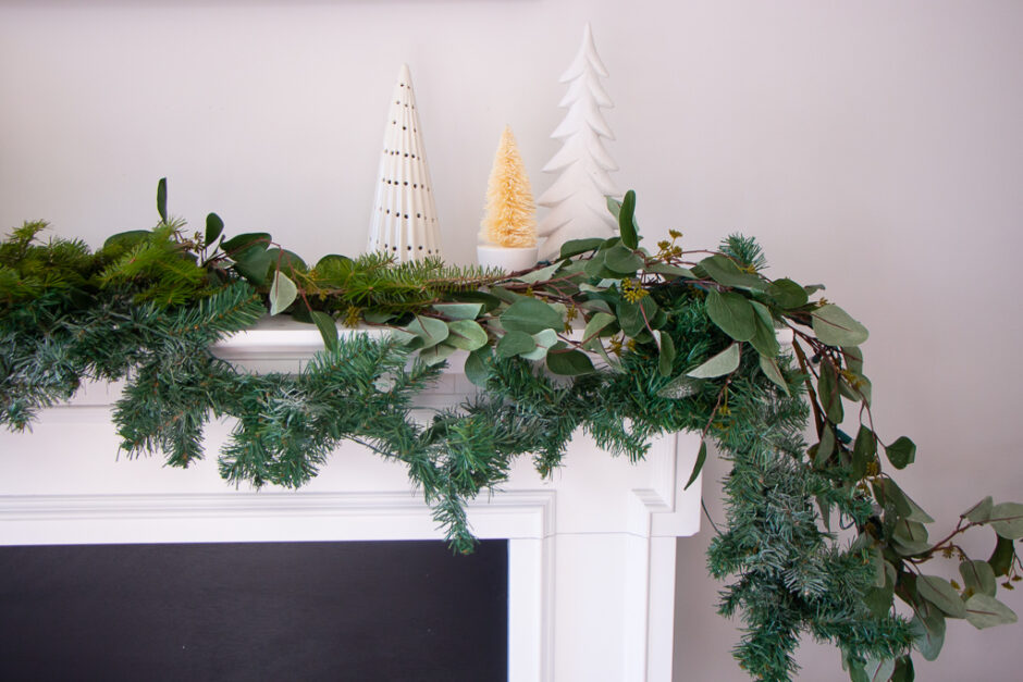 Neutral Christmas Decor Ideas