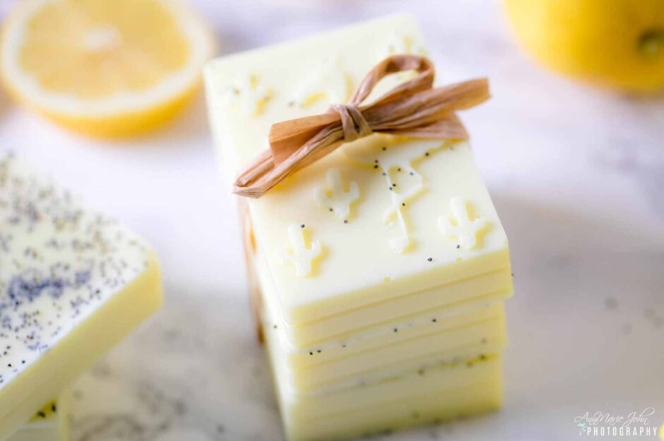 DIY-Lemon-Poppy-Soap