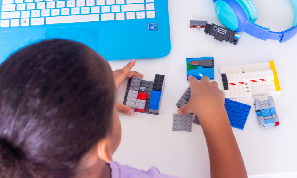 5 Benefits and Reasons to Include After School STEM Classes for Kids